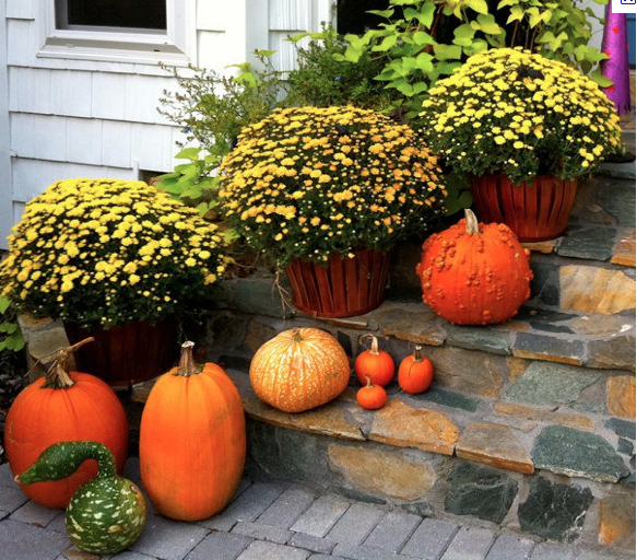 Decorating With Fall Colors: Decorating Your Home With Fall Colors, Inside And Out